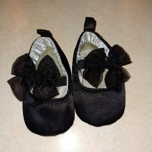 Black Bow Baby Shoes